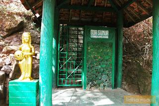 Destinasi wisata Goa Sumur Dieng