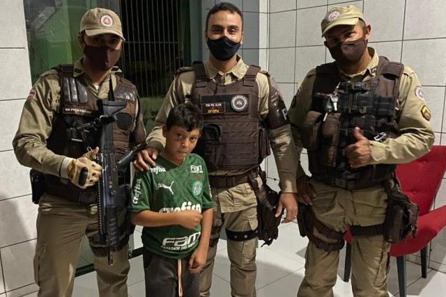 Garoto de 9 anos sequestrado em Miguel Calmon é resgatado em Feira de Santana