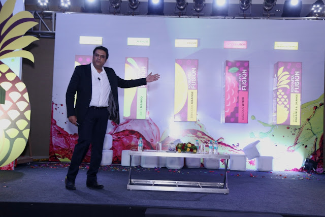 Mansoor Ali, Chief Sales & Marketing Officer, Hamdard launching RoohAfza Fusion on Sept. 7, 2016