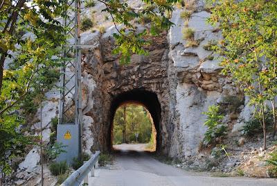 Pantano pena beceite valderrobres túnel