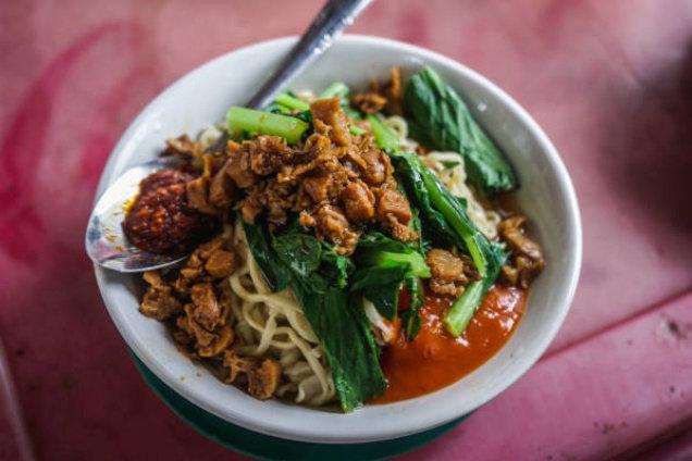 Resep Masakan Mie Ayam Rumahan Cocok untuk Ibu Muda