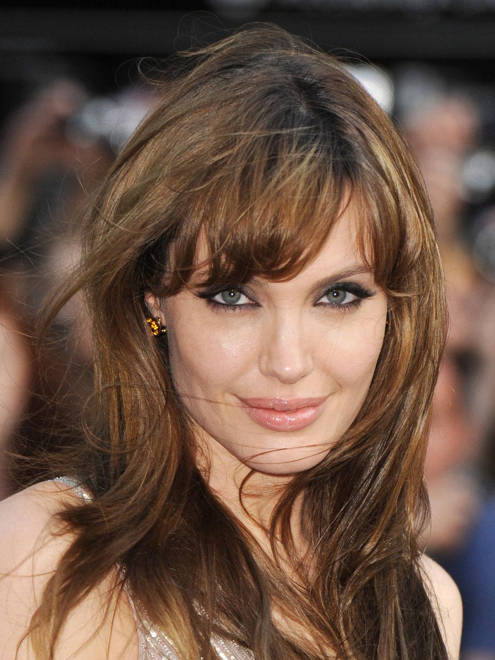Angelina Jolie Hairstyles Puntodevistacultura