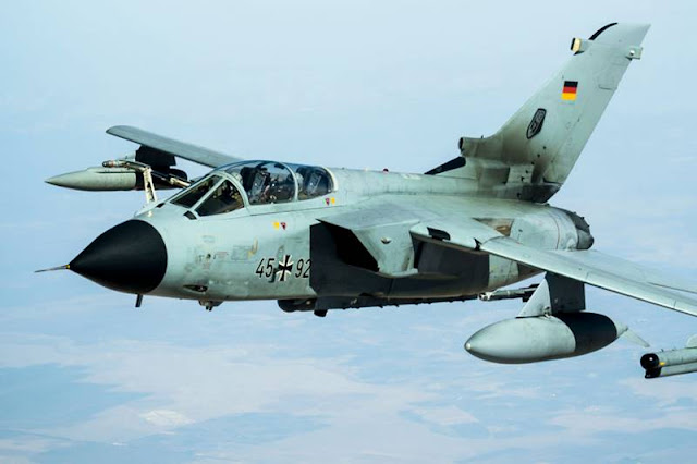German union warns Super Hornet selection