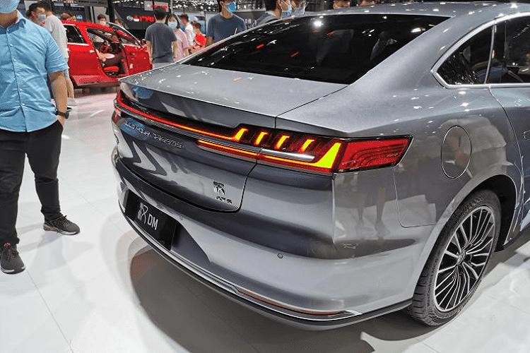 Chi tiết xe Trung Quốc - BYD Han DM hybrid 2021