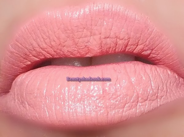 Barry M Peachy Pink Lip Swatch