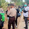 Personil Polsek Marbo Berikan Pengamanan Komunitas Ladyscoot Sulawesi Di Tanggul Topejawa