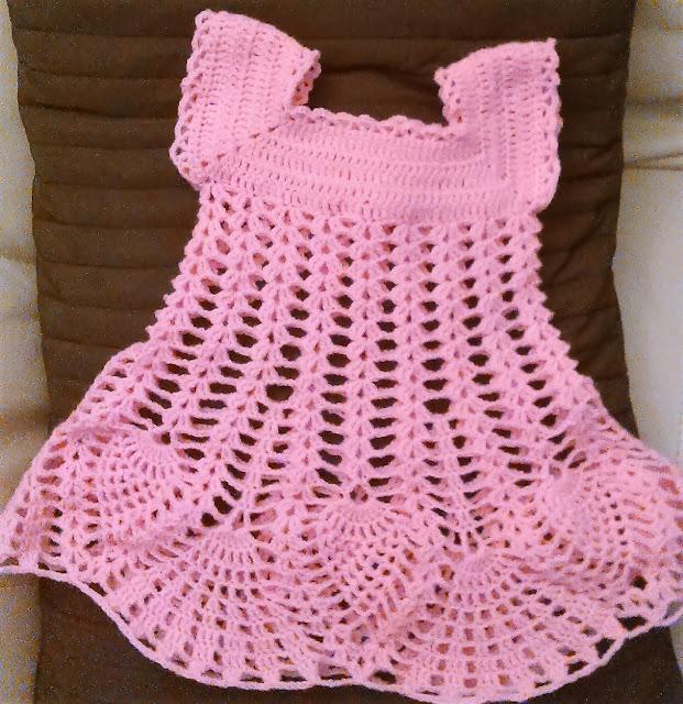 w tak zwanym międzyczsie… sukienaczka dla noworodka