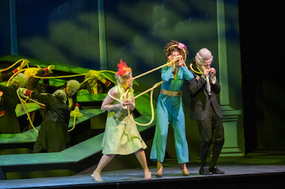 Rossini: La Cenerentola at Stadttheater Bremerhaven, directed by Max Hoehn
