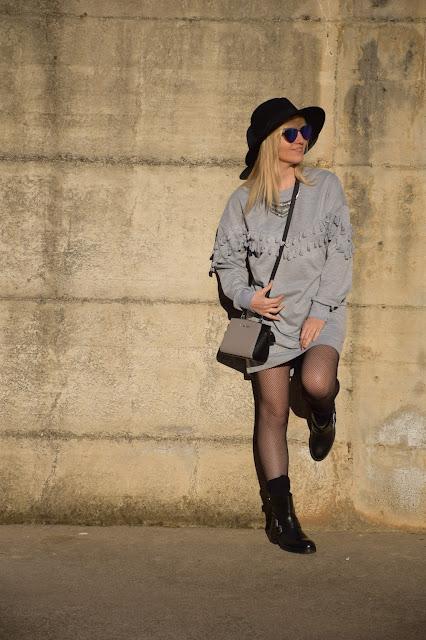 come abbinare le calze a rete come indossare le calze a rete tendenza calze a rete mariafelicia magno fashion blogger colorblock by felym tendenze inverno tendenze calze fashion blogger italiane