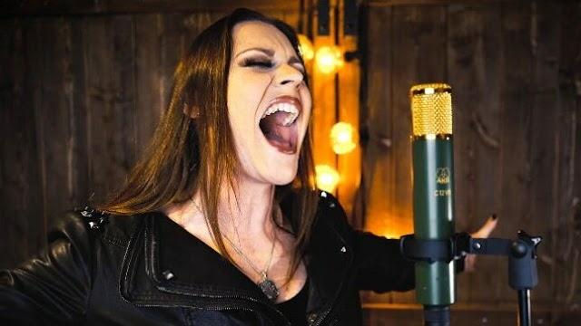 Floor Jansen (Nightwish) faz cover de ''Oblivion'' dos M83 e Susanne Sundfør