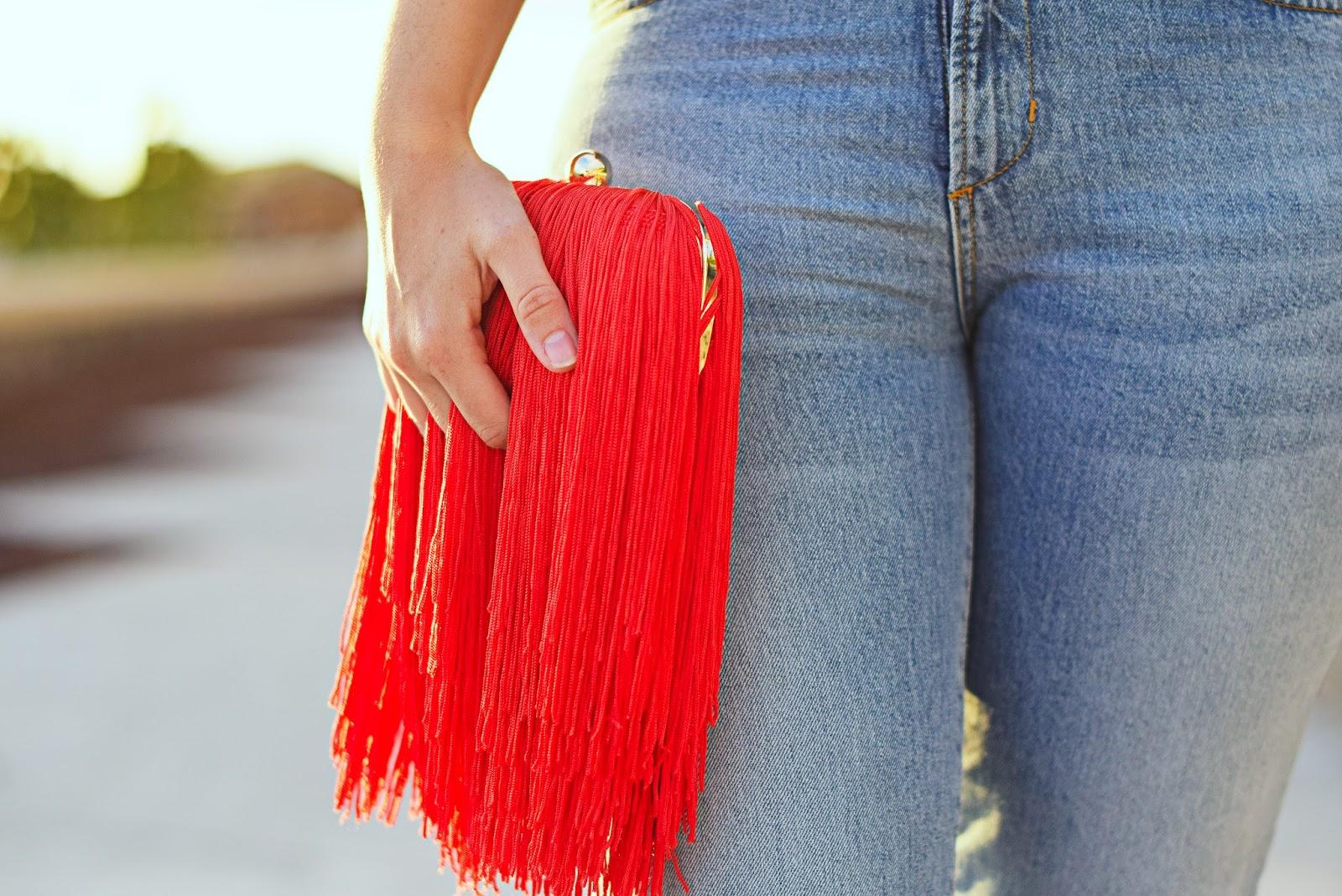 NERY HDEZ, Bolso de flecos, bolso rojo, blanco