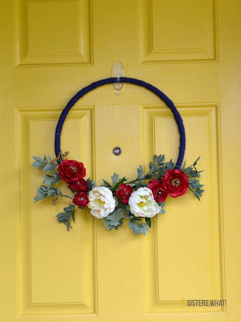 DIY modern 4th of July floral wreath