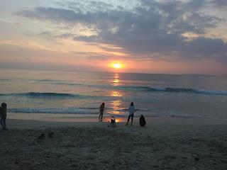 Pantai labuhan jukung di sore hari