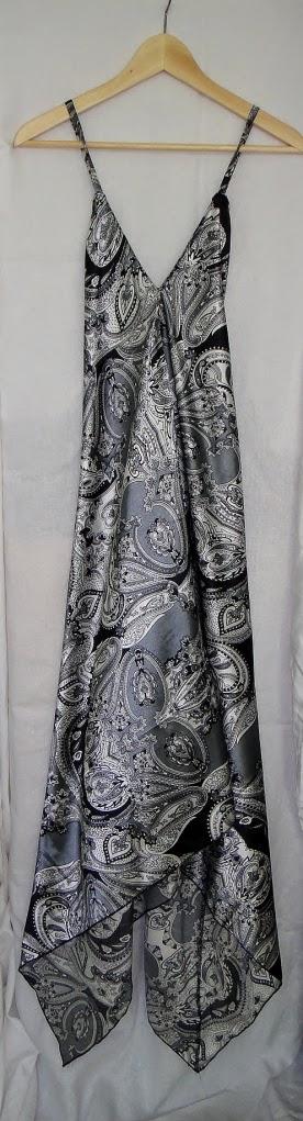 Hacer un vestido con dos cuadrados de tela en una hora