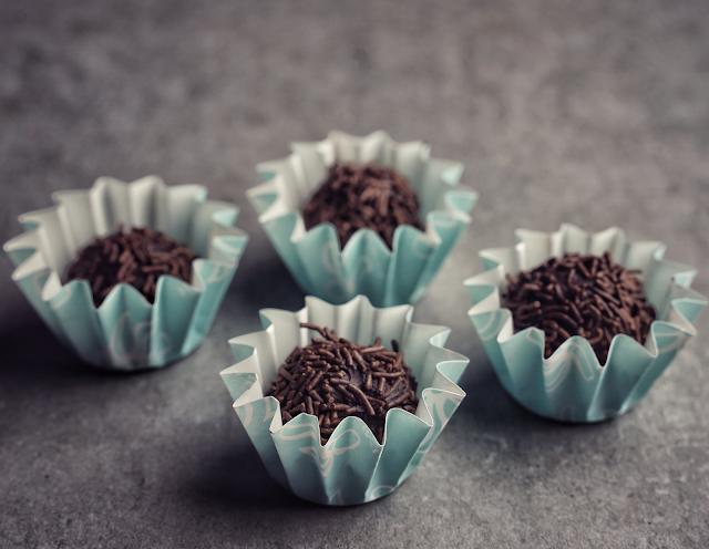 brigadeiro chocolate truffles