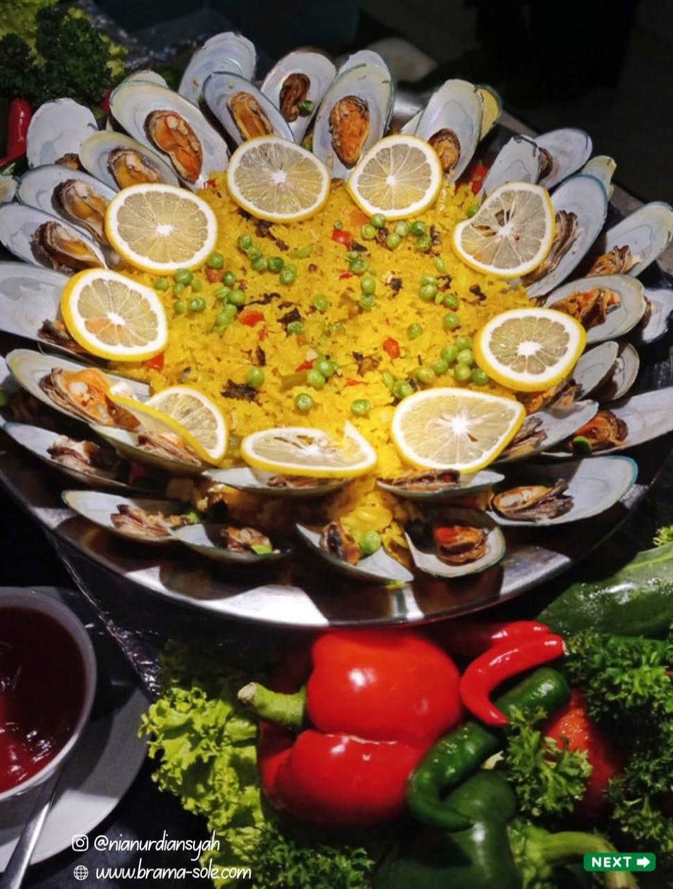 Paella hidangan khas Spanyol