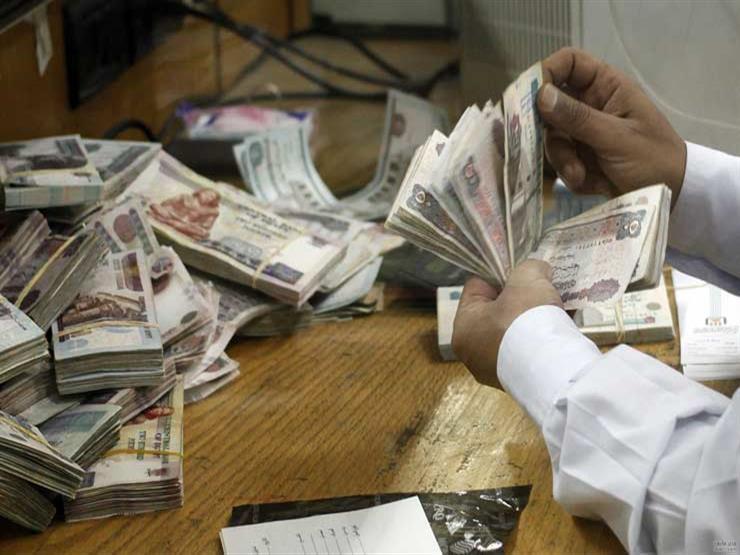 عاجل.. الحكومة توضح حقيقة رفع الحد الأدني للأجور إلى 2000 جنيه
