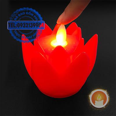 Nến điện tử hoa sen ngọn đèn dao động