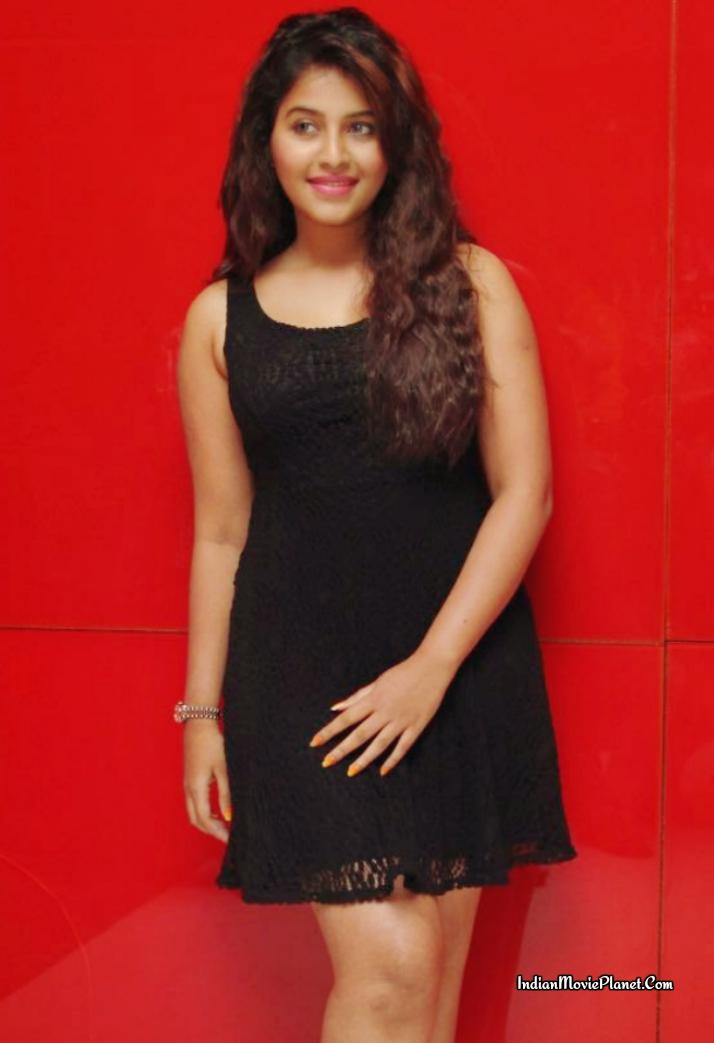 Actress Anjali Latest Cute Hot Saree Navel Show Spicy ...