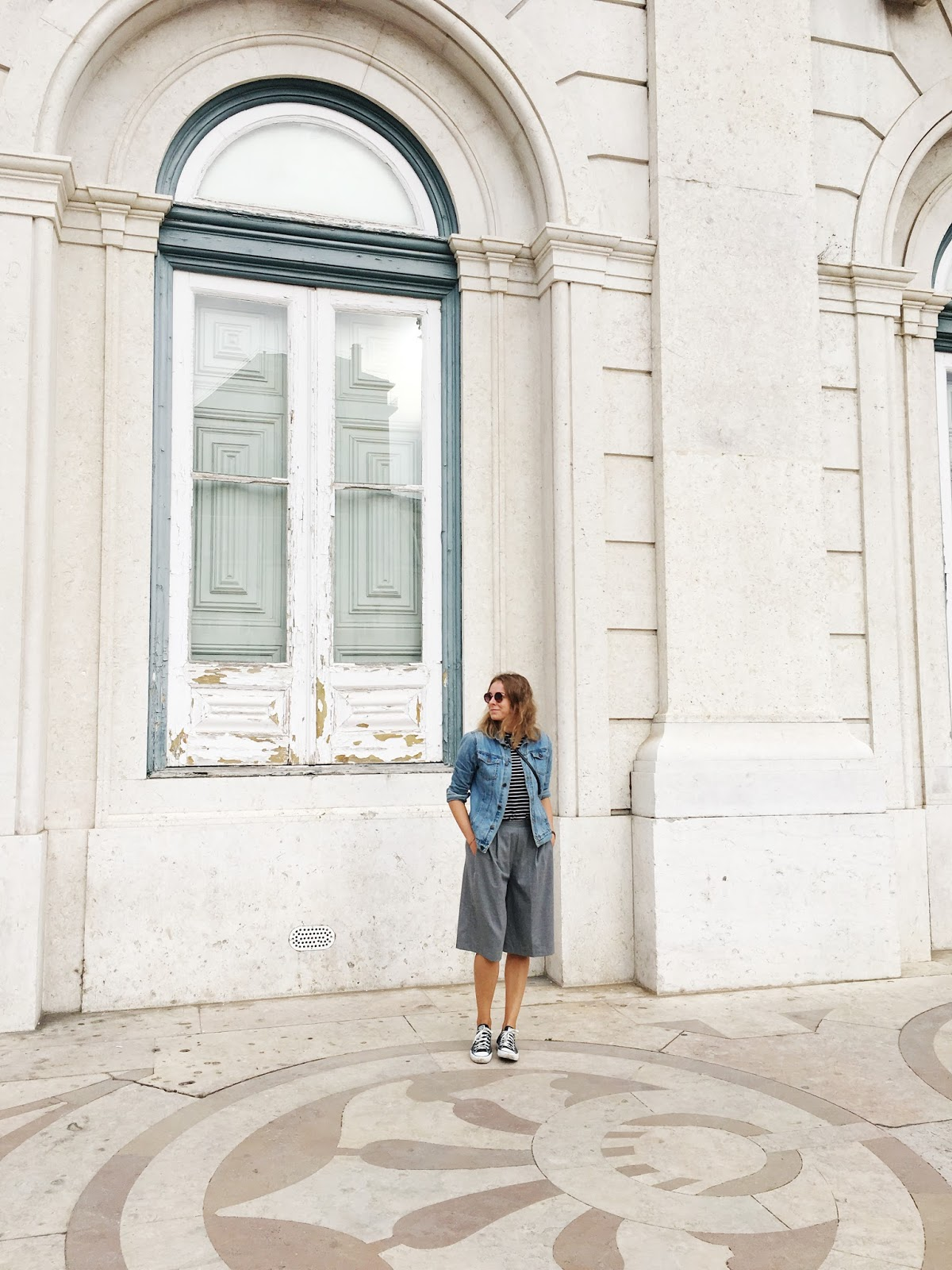 Outfit, Lisbon, Portugal, Pull&Bear, Blanco, Zara, Converse