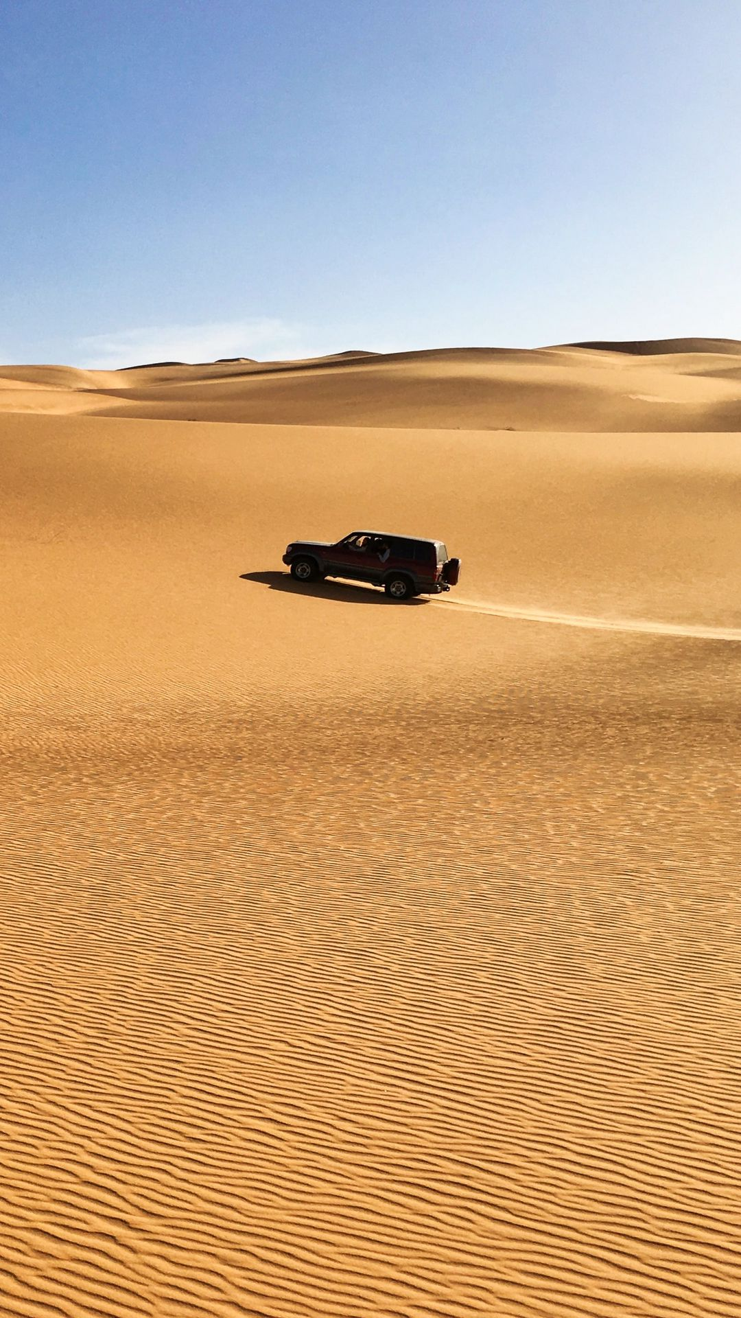 Wallpaper Jeep Car Desert Sand Blue Sky