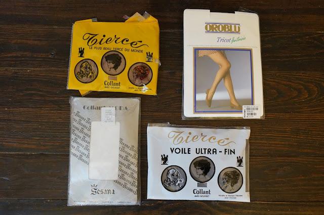 des collants résilles, dentelles et de base  70s tights pantyhose années 70 1970s