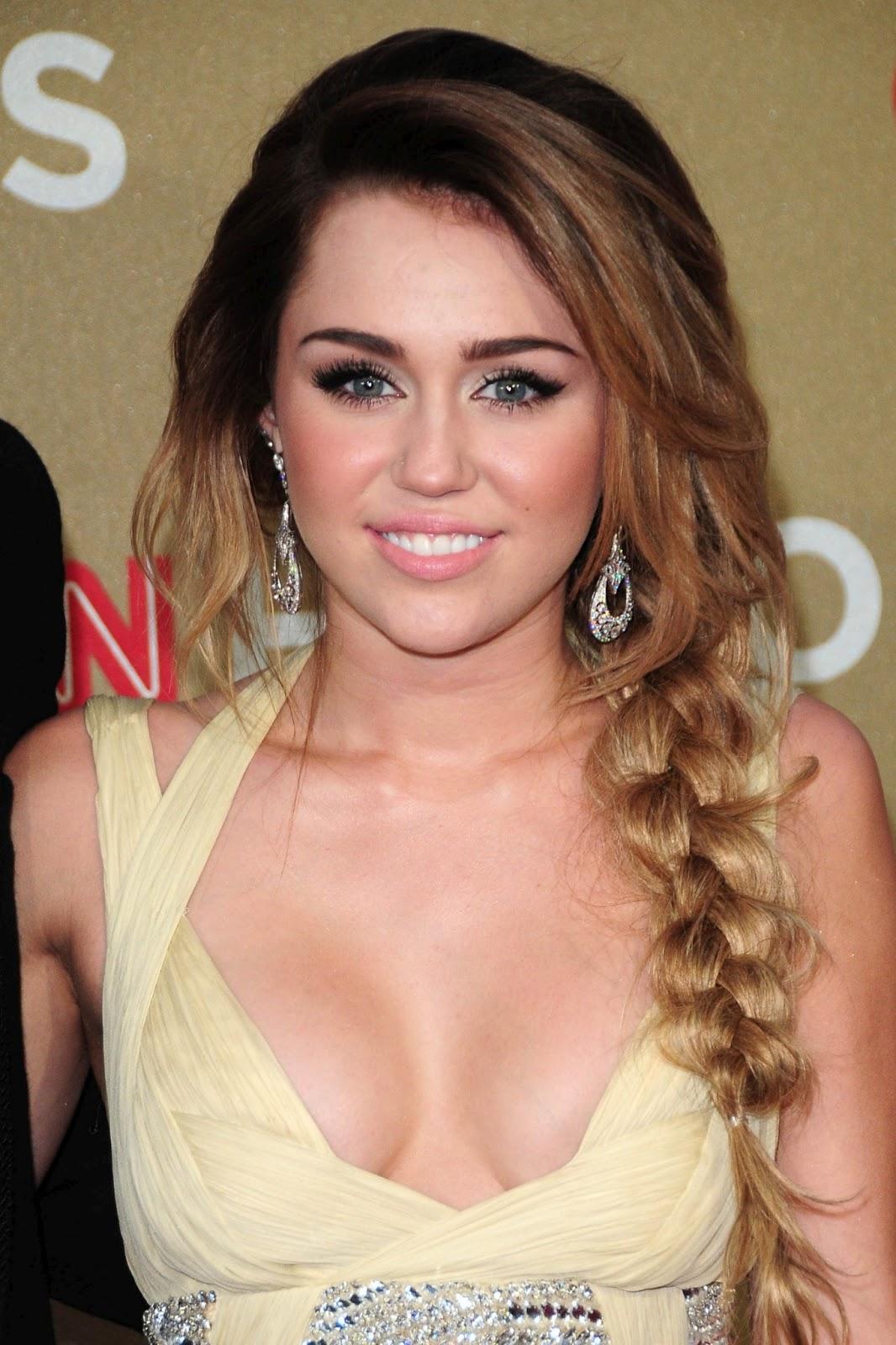 Miley Cyrus Breast Pics