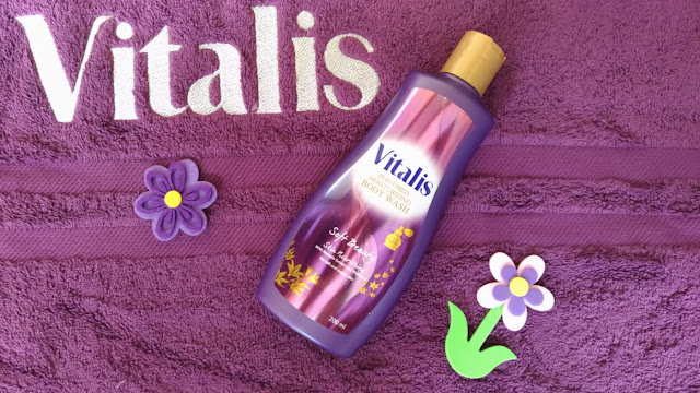 mandi-parfum-vitalis-perfumed-moisturizing-body-wash