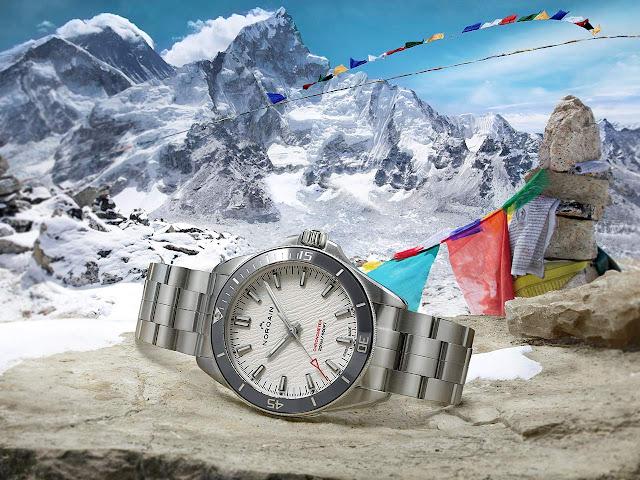 Norqain Adventure NEVEREST 40 mm Glacier