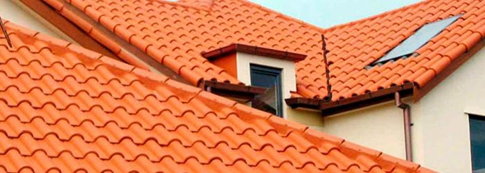 Foto de um telhado colonial construído em Belo Horizonte