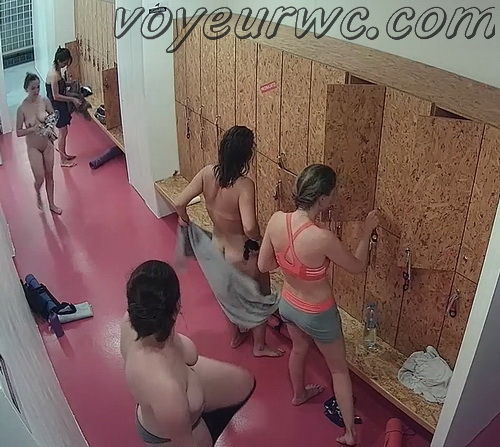 Changing room spy cam shoots women that came to the gym (Lockerroom 2118-2127)