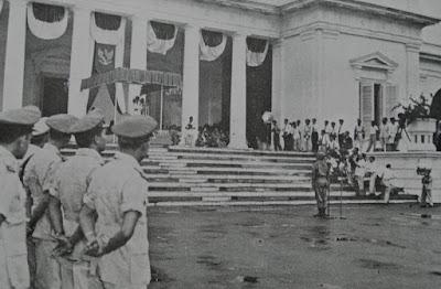 pelaksanaan dekrit presiden 5 juli 1959