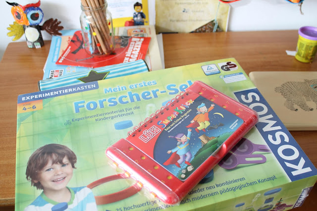 Forscher Set und LUEK Kasten MINT Spielzeug tausendkind Geschenkideen Forscher Mikroskop Kindergartenkinder Jules kleines Freudenhaus