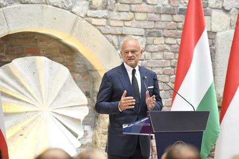 MNB: közös konferenciát tartott a magyar és a lengyel jegybank