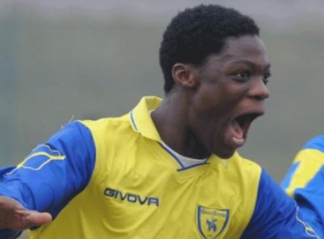 Leeds Striker Ekuban picks Ghana over Italy