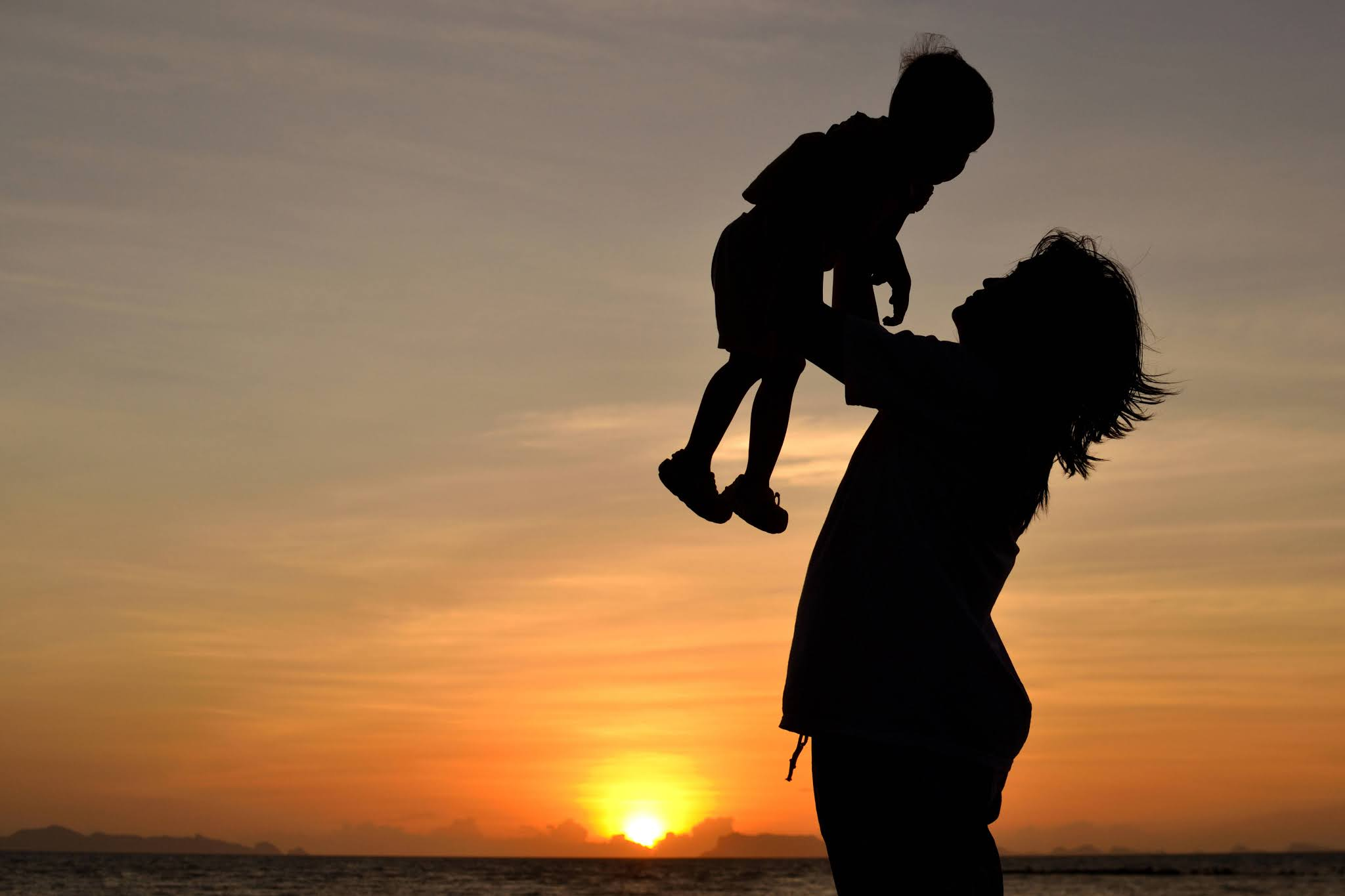 Filhos, só existe uma chance de deixá-los 100% protegidos. Por Luanna Silva