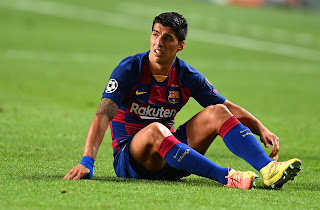 Barcelona put Suarez among the touchable and are ready to sell if 'important bid' arrives