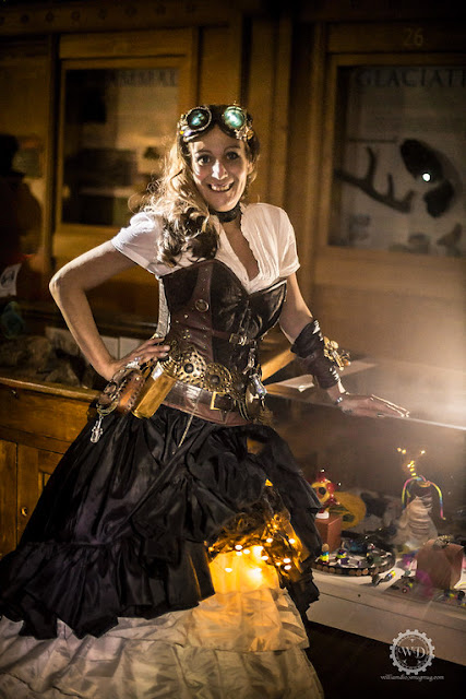 How to use LED string lights to brighten up your steampunk costume, for men and women