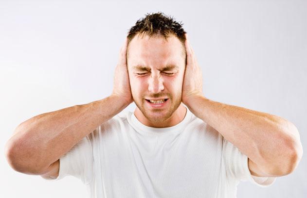 pumpendes geräusch im ohr