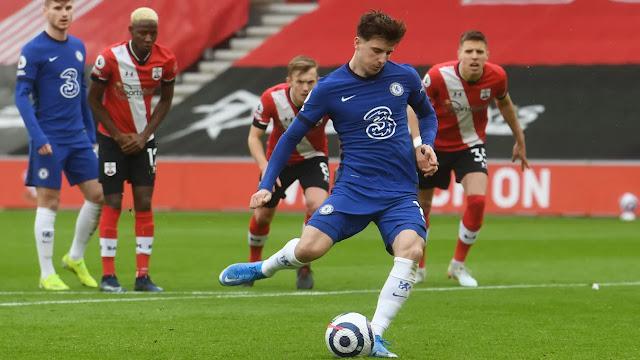 Chelsea midfielder Mason Mount