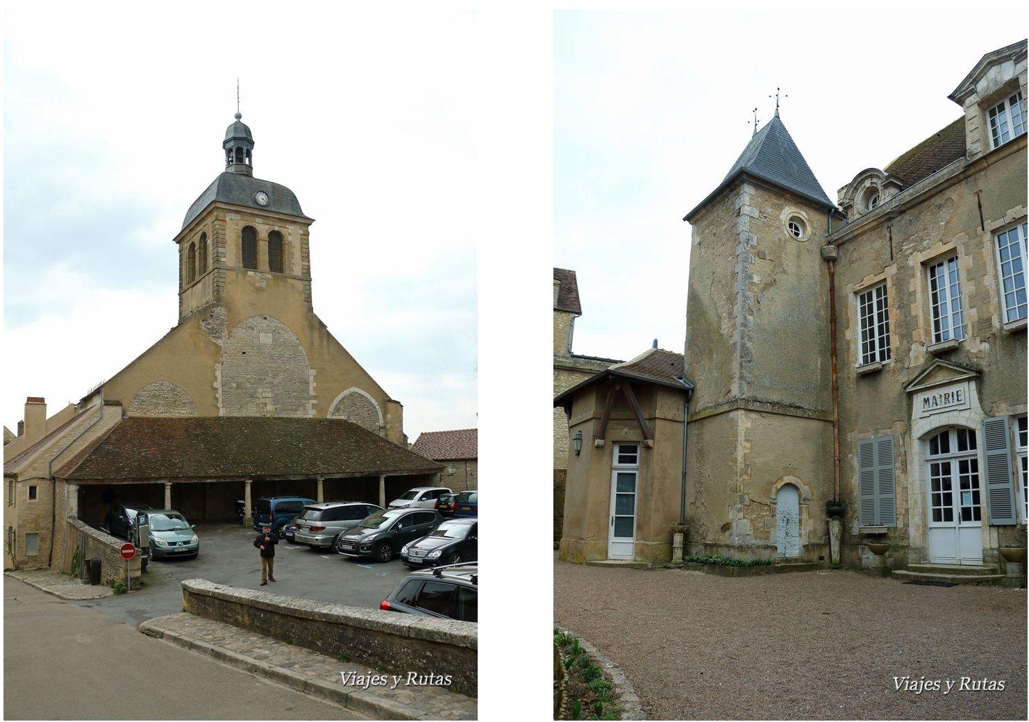 Iglesia de San Pedro y Ayuntamiento de Vélezay, Francia
