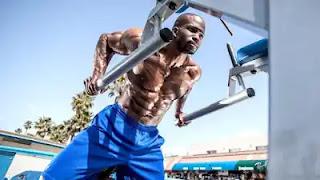 أفضل 10 تمارين للصدر لبناء القوة
