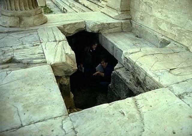 Κρυφές είσοδοι στην απαγορευμένη» Ακρόπολη των Αθηνών