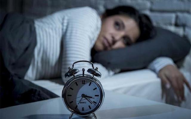 Đi ngủ và thức dậy đúng giờ