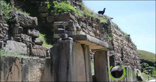 Peru's Chavín de Huantar Ruins