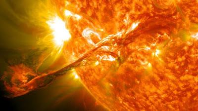 solar-flare-eruption