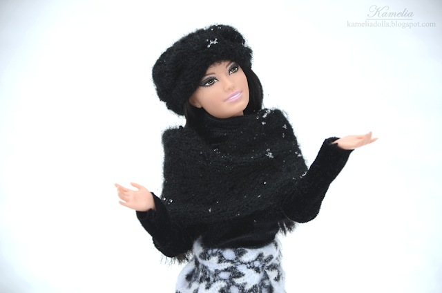 Black knitted shawl for a doll