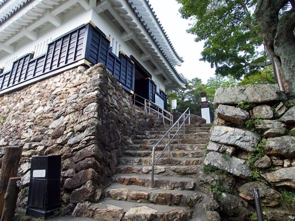 ปราสาทกิฟุ (Gifu Castle: 岐阜城) @ www.jcastle.info