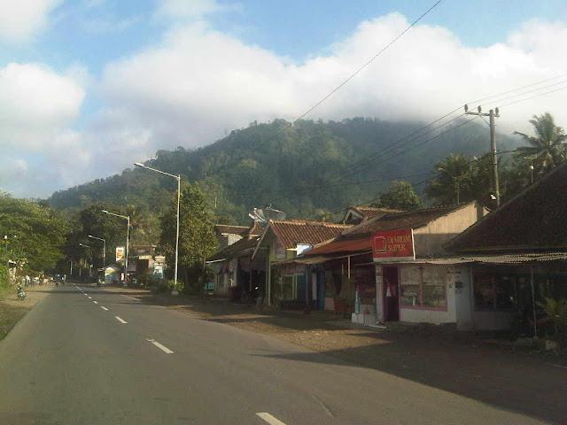 Gunung Gumitir | Pesona Alam Pegunungan, Cafe & Rest Area PTPN-XII