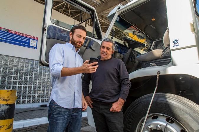 FreteBras anuncia calculadora de custos para auxiliar caminhoneiros na negociação de fretes